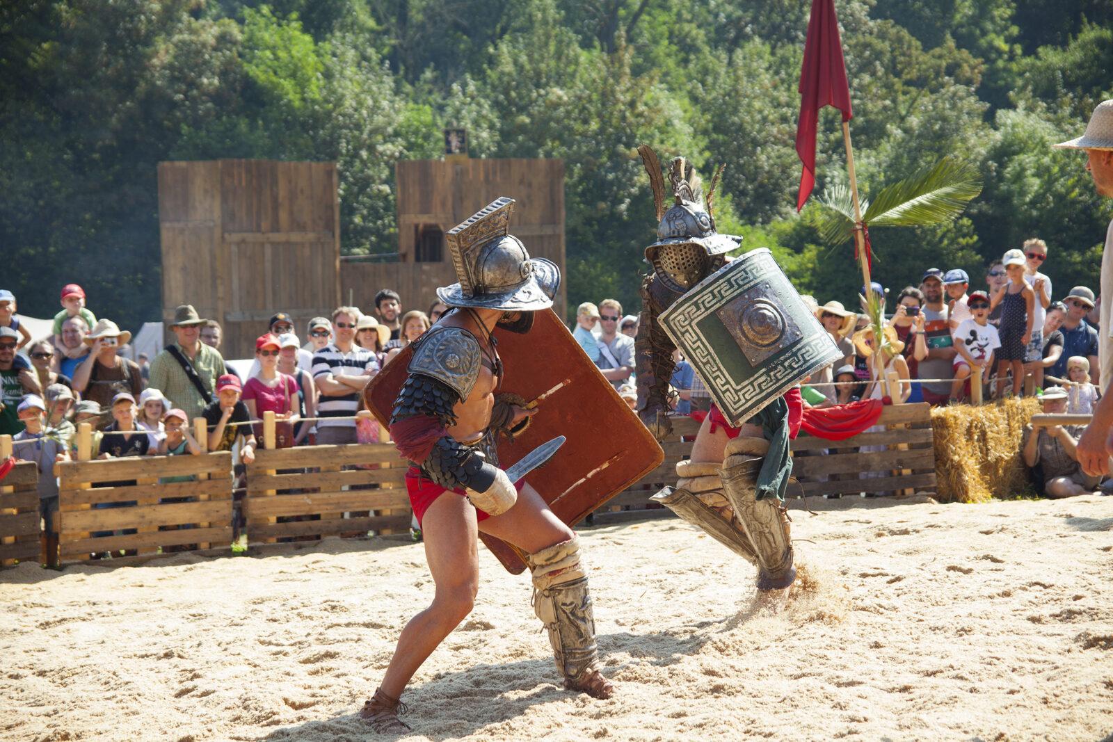 Augusta Raurica Gladiatorenkampf am Roemerfest Druck Foto Susanne Schenker