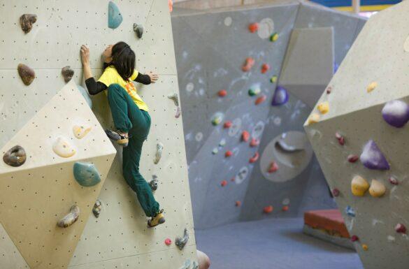 B2 - Boulders & Bar - Kletterspass für Jung und Alt