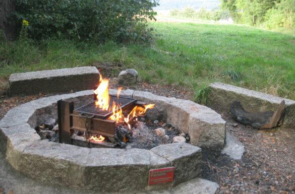 Feuerstelle Brunnenstig Niederdorf