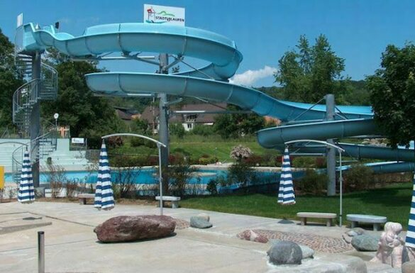Schwimmbad Nau