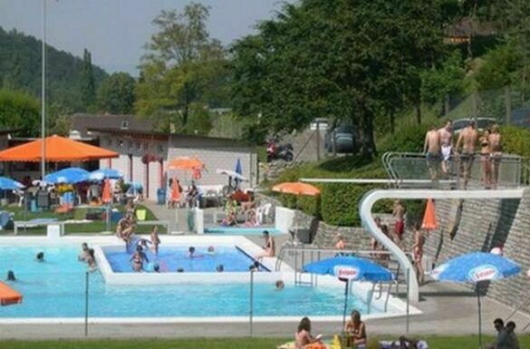 Schwimmbad Waldenburg